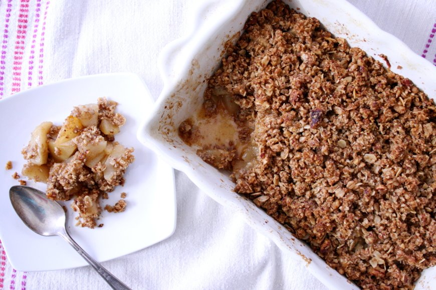 Pear & Ginger Crumble