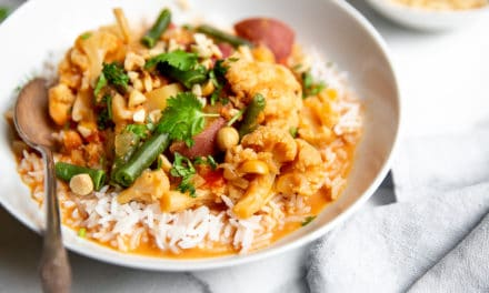 Slow Cooker Vegetable Massaman Curry